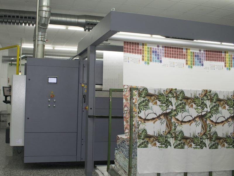 Unidad Alpha de Durst instalada en Colorprint para producción digital