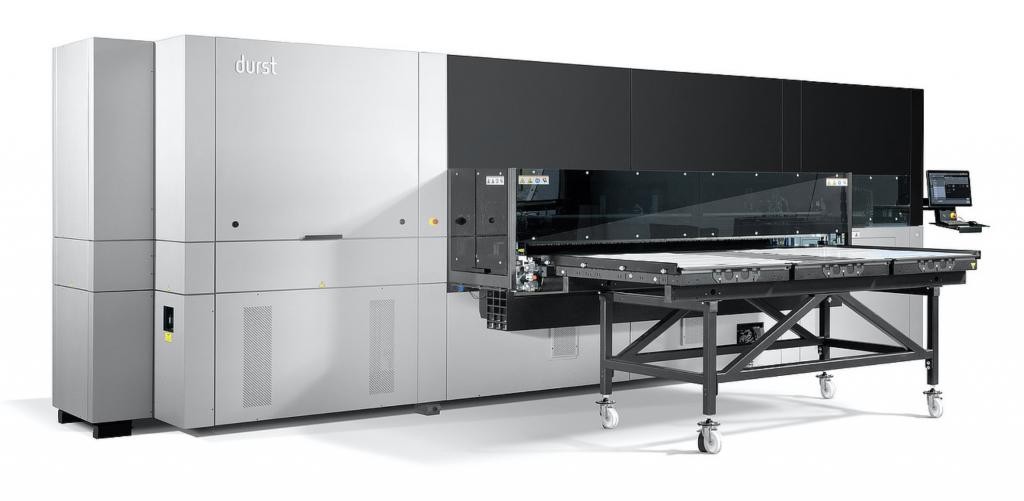 Rho 2500, una de las soluciones de impresión digital inkjet de Durst para decoración